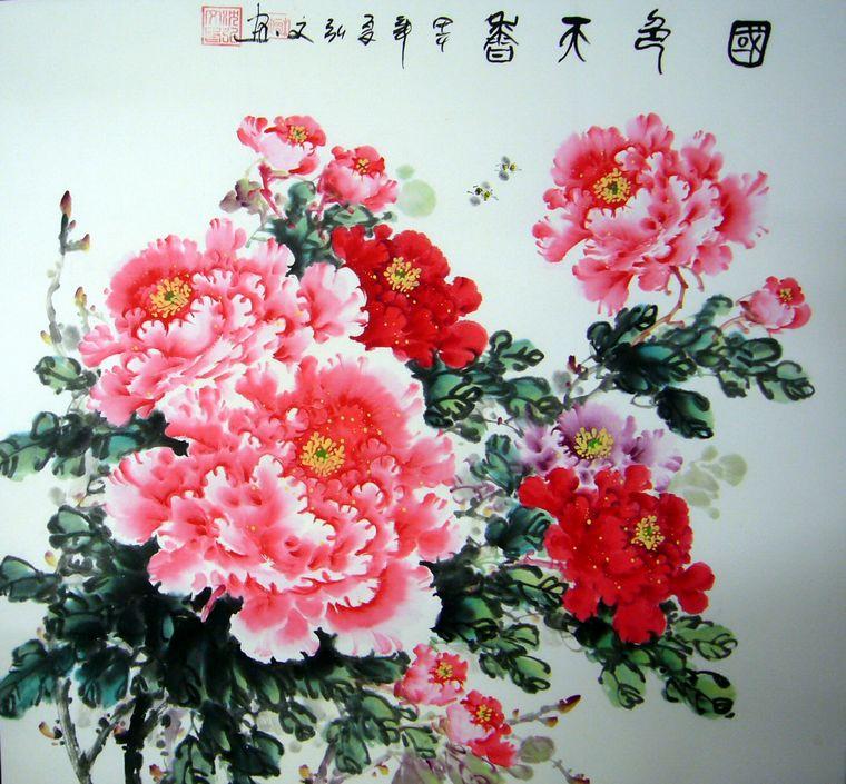 以写意的笔法将牡丹的花头表现到逼真而富有神采的