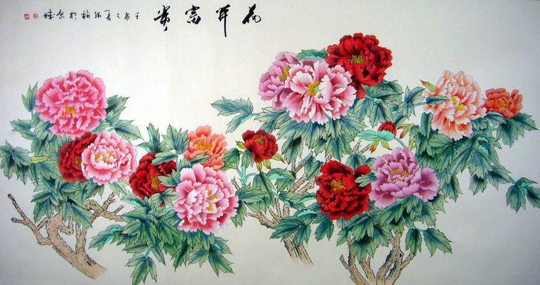 """韩梅六尺工笔牡丹图 牡丹被誉为""""花中之王"""",是中国画传统题材之一,也是深受国人喜欢的花卉。当代画家在风格样式、技术手法、表现形式上进行了拓展和创新。将传统工笔画的勾勒、渲染、融入了写实和梦幻般的意境,孕育出来了众多的书画名家,作为第一字画网签约的著名花鸟画家,韩梅老师就是一位非常受欢迎的画家,受美术大师黄永玉先生指点,继承传统,博采众长,形成了自己独特的创作风格,"""